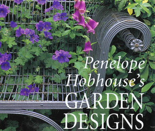 Penelope Hobhouse's Garden Designs by Penelope Hobhouse