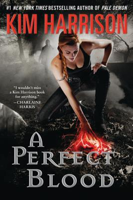 A Perfect Blood (The Hollows #10)