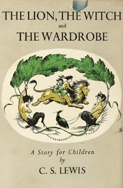 The Lion, the Witch and the Wardrobe (The Chronicles of Narnia (Publication Order) #1)