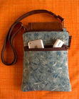 """Great travel bag for your kindle by <a href=""""http://www.borsabella.com/"""" target=""""_new"""">Borsa Bella</a>!"""
