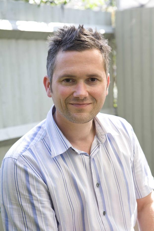 Martyn Cox Author Of Gardeners World
