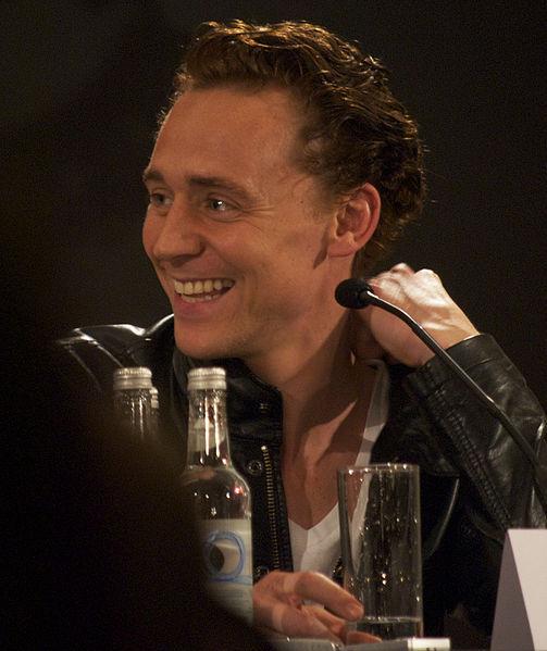 Tom Hiddleston (Reading of Dracula)