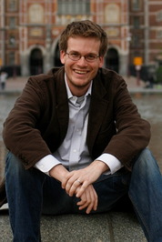 John green author of the fault in our stars john green sciox Gallery