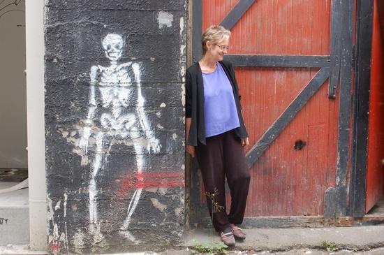 Heather Mchugh Author Of Hinge Sign