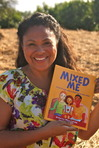 Ebook Mixed Me: A Tale of a Girl Who Is Both Black and White read Online!