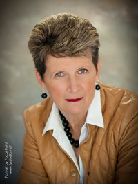 Joan Avery