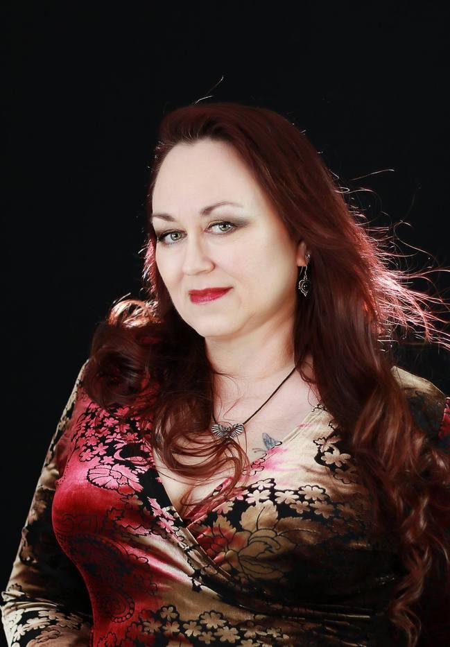 Morticia Knight Author Of Building Bonds