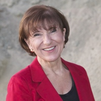 Lucy Jo Palladino
