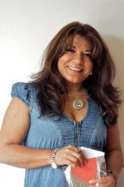 Maria Elena Carrion Cuellar Author Of Las Huellas De Un Angel