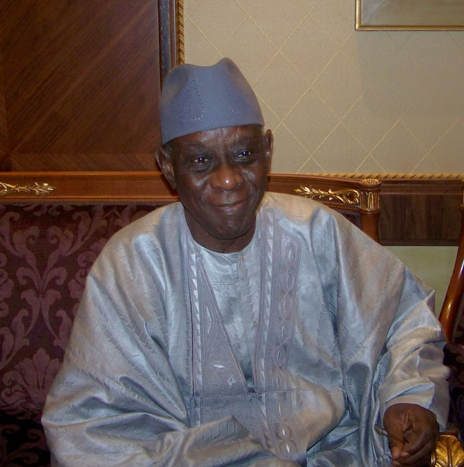 analysis of the book ambiguous adventure by cheikh hamidou kane