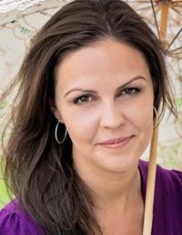 Holly Jennings