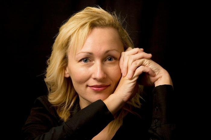 Sarah Pinborough (Author of Behind Her Eyes)