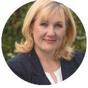 Julie McElwain