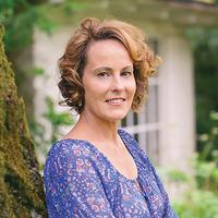 Anne Zoet