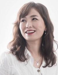 Gong Jiyoung (Author of Watashitachi no Shiawase na Jikan)