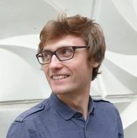 Darren  Simpson