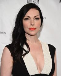 Laura Prepon Author Of The Stash Plan