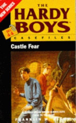 Castle Fear (Hardy Boys: Casefiles, #44)