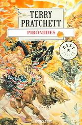 Pirómides by Terry Pratchett