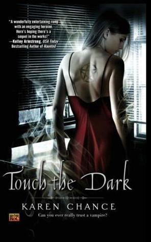 Touch the Dark(Cassandra Palmer 1)