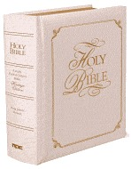 Holy Bible: Keystone Family Faith & Values Bible -King James Version