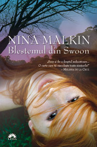Blestemul din Swoon (Swoon, #1)