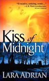 Kiss of Midnight (Midnight Breed,#1)