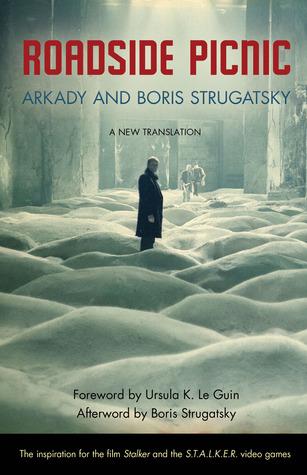 Roadside Picnic por Arkady Strugatsky, Boris Strugatsky, Ursula K. Le Guin, Olena Bormashenko