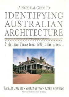 9780207185625: a pictorial guide to identifying australian.
