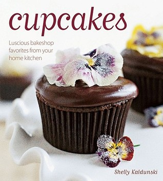 cupcakes-luscious-bakeshop-favorites-from-your-home-kitchen