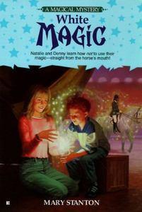White Magic (Magical Mysteries, #2)
