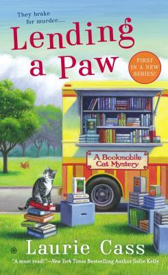 Lending a Paw(A Bookmobile Cat Mystery 1)