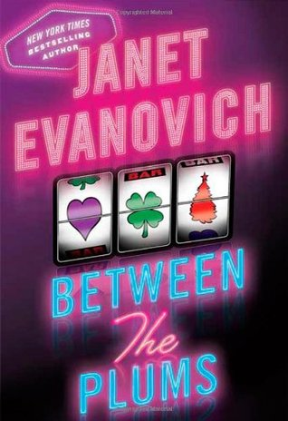 Between the Plums (A Stephanie Plum Between the Numbers/Holiday Novel, #1-3)
