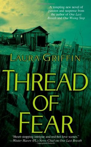 Thread of Fear(The Glass Sisters 1)