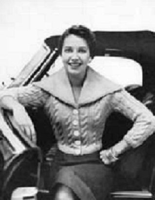 SARATOGA SWEATER - Downloadable vintage 1950's Knitting Pattern (ePattern) - Instant Download Ebook - AVAILABLE FOR DOWNLOAD to KINDLE DX, Kindle for PC, ... ENABLED (women's, shirt, top, knit, knitted)