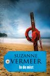 In de mist by Suzanne Vermeer