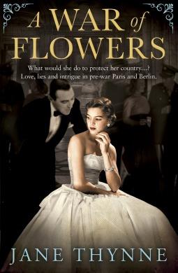 A War of Flowers(Clara Vine 3) - Jane Thynne