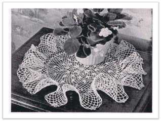 #2464 AFRICAN VIOLET RUFFLE DOILY VINTAGE CROCHET PATTERN