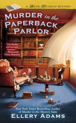 Murder in the Paperback Parlor (Book Retreat Mysteries, #2)