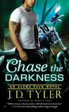 Chase the Darkness (Alpha Pack, #7)