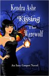Kissing the Werewolf (Izzy Cooper #1)