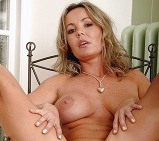 Nude milf celeberty videos