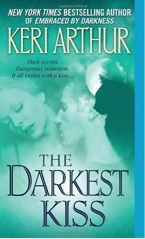 The Darkest Kiss(Riley Jenson Guardian 6)