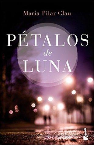 Pétalos de luna by María Pilar Clau