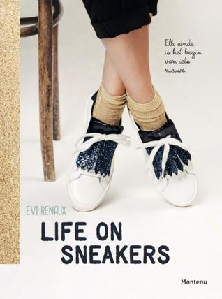 Life on sneakers by Evi Renaux