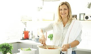 Lizzie Loves Healthy: Family Food: Delicious and Nutritious Meals You'll All Enjoy