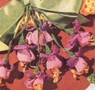 #0849 FUCHSIA HANGER VINTAGE CROCHET PATTERN