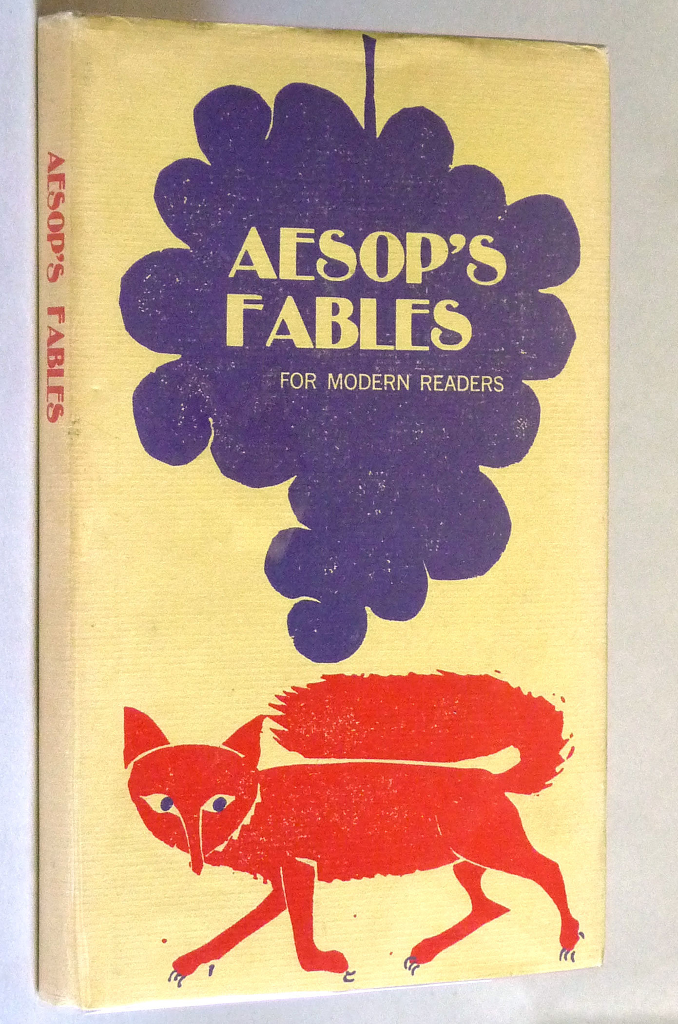 Aesop's fables for modern readers ; illustrated by Eric Carle.