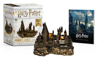 Harry Potter Hogwarts Castle and Sticker Book: Lights Up!