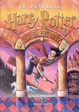 Harry Potter Và Hòn Đá Phù Thủy (Harry Potter, #1)